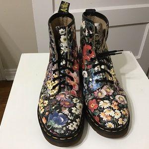 Dr Martens Vintage Sienna Miller Boots